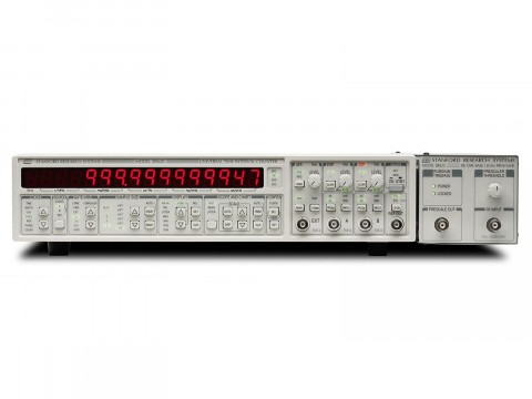 Измеритель интервалов времени и частоты SR625