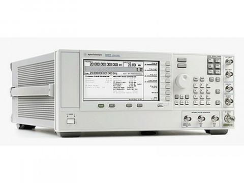 Генератор СВЧ сигналов E8257D