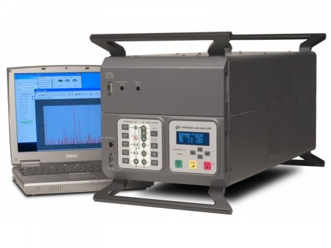 Анализаторы газов атмосферного давления UGA100, UGA200, UGA300