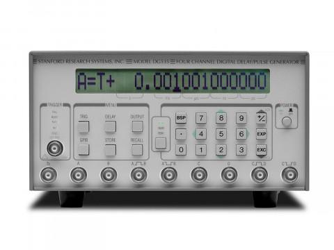 Цифровой генератор задержек и импульсов DG535