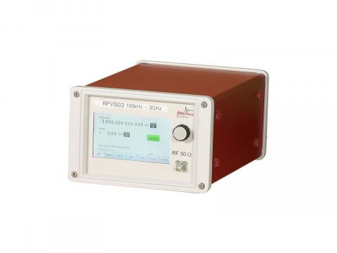Векторный генератор сигналов RFVSG4
