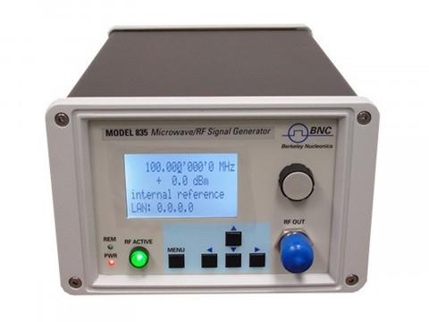РЧ/СВЧ генератор сигналов 835